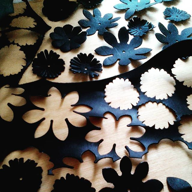#leather #dahlia #favorpoco #aging #flower
