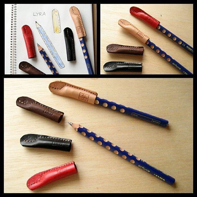 """""""形が似ていると、相性のよさを見抜けないことがあります。しっくりくるって、実はとっても貴重なこと。""""ドイツのリラ社の太軸鉛筆と革の鉛筆キャップ。リラ社の太い鉛筆はすごく人気があるけれど、専用キャップが少ないんですよね。お客様のお声で作りました。鉛筆の芯が折れにくいようにステッチを入れてあり、それがデザインになっています。尖ったものは尖ったままに。転がりにくく、グリップが安定する鉛筆に寄り添う革のキャップです。#pencilcap #leatherpencilcap #aging #aginglabo #favorpoco #pendrepen #pen #uniform #leather #stationary #illust #restaurant #menu #menubook #エイジング#革 #革小物 #鉛筆 #文房具 #文具  #鉛筆キャップ #革の鉛筆キャップ #illust #illustration #イラスト #leathercraft #craft #デザイン #design #designer #lyra"""